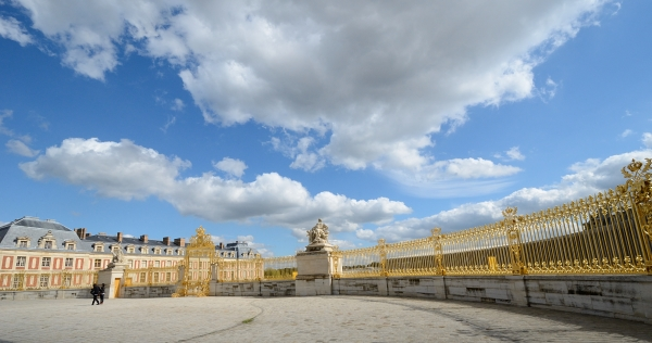 2012-09-22_113 versailles gate RESIZE