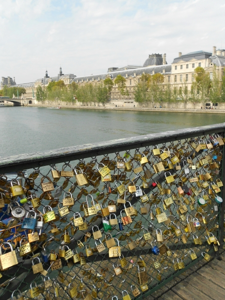 2012-09-23_1050 paris love lock bridge RESIZE