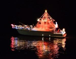 2012-12-08 xmas boat parade 1 RESIZE