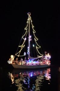 2012-12-08 xmas boat parade 2 RESIZE