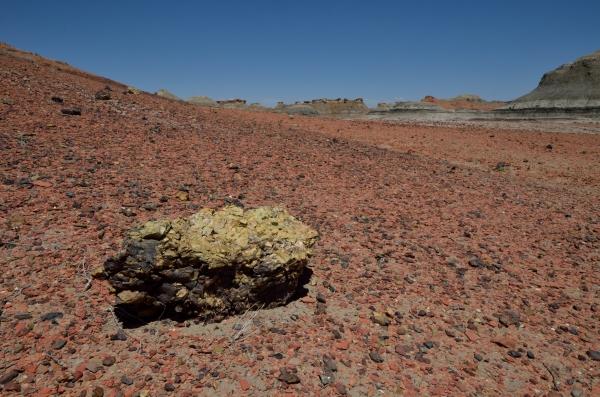 20130427 106 bisti sulphur and red rock_01