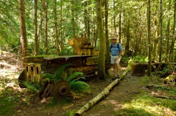 20130716 2593 grace harbor bulldozer in woods_01