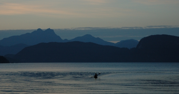 20130820 4074 broughton kayaker sunset_01