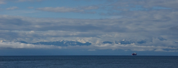 20140423 6390 olympic mountains strait of juan RESIZE