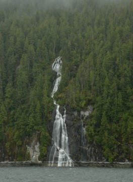 20140521 7584 grenville waterfall vertical  RESIZE
