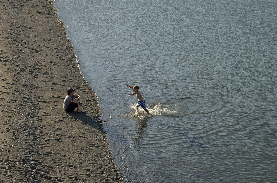 20140721 670 haines boy swimming psr