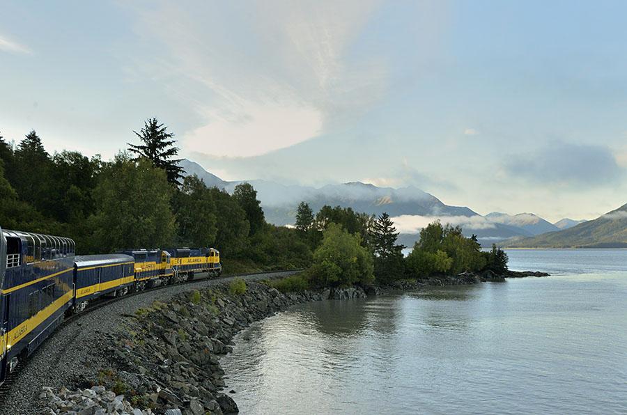 20140826 1557 arr coastal train r