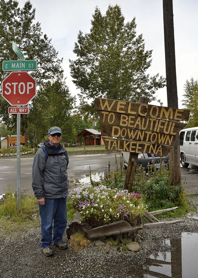 20140829 1788 talkeetna sign jim r