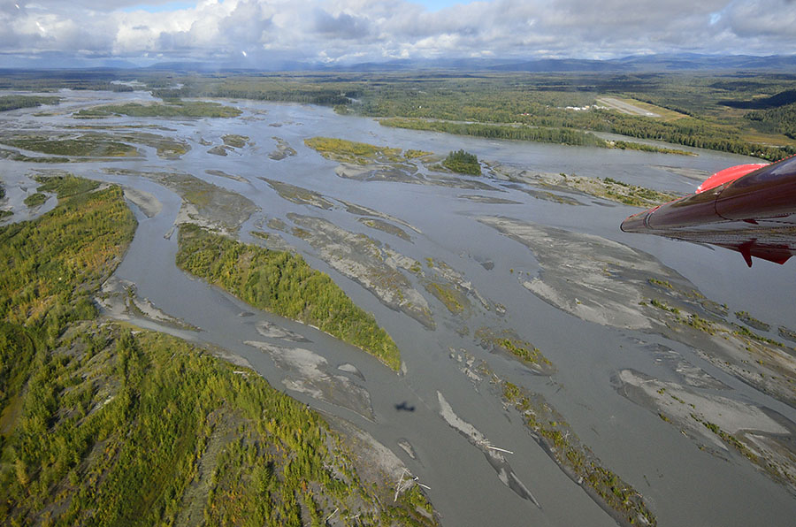 20140829 1805 flight braided river r