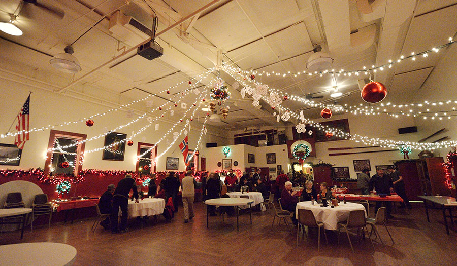 Pickled herring contest journeys on a trawler for Christmas hall decorations