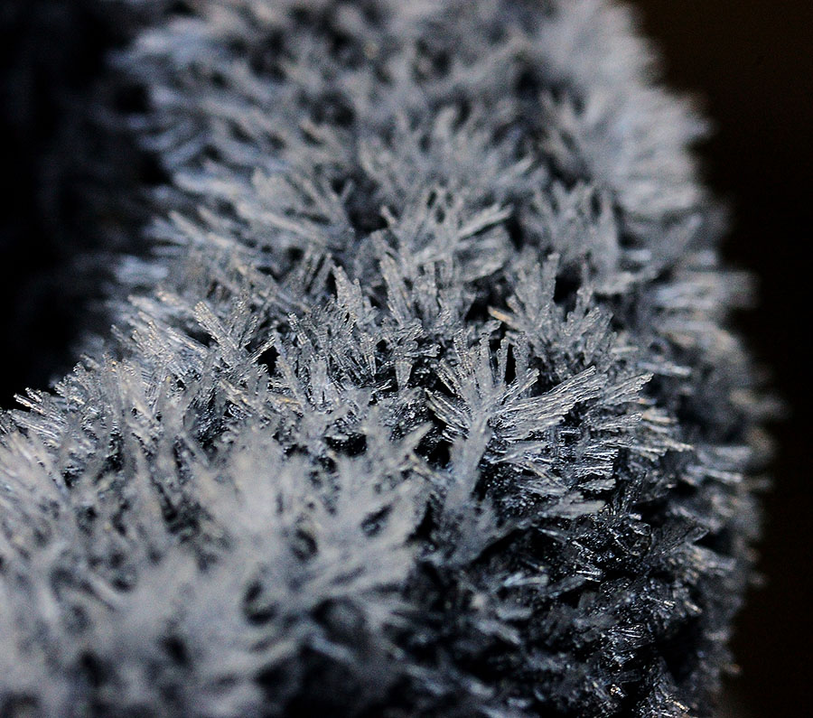 20141229 4045 thick frost r