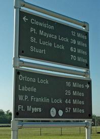4b lock sign