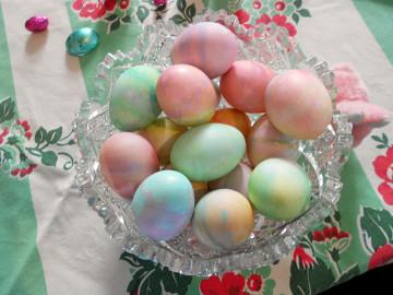 20150405 4612 easter eggs r