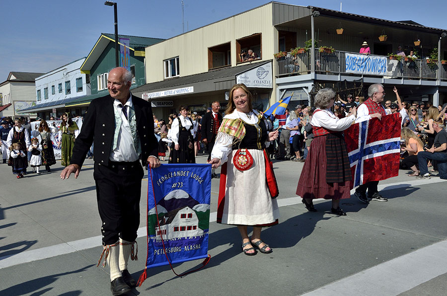20150515 5345 parade sons of norway r