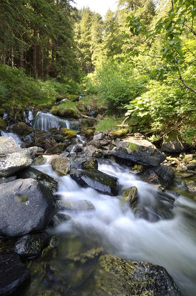 20150622 7096 takatz bay waterfall vert r