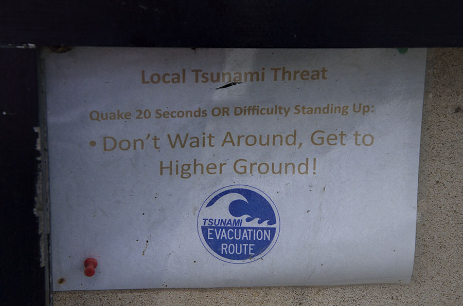 20150709 8769 tenakee tsunami sign r
