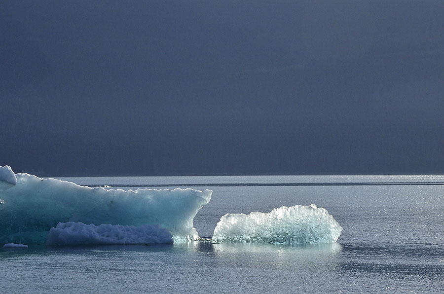 20150724 9236 tracy arm backlit ice closer r