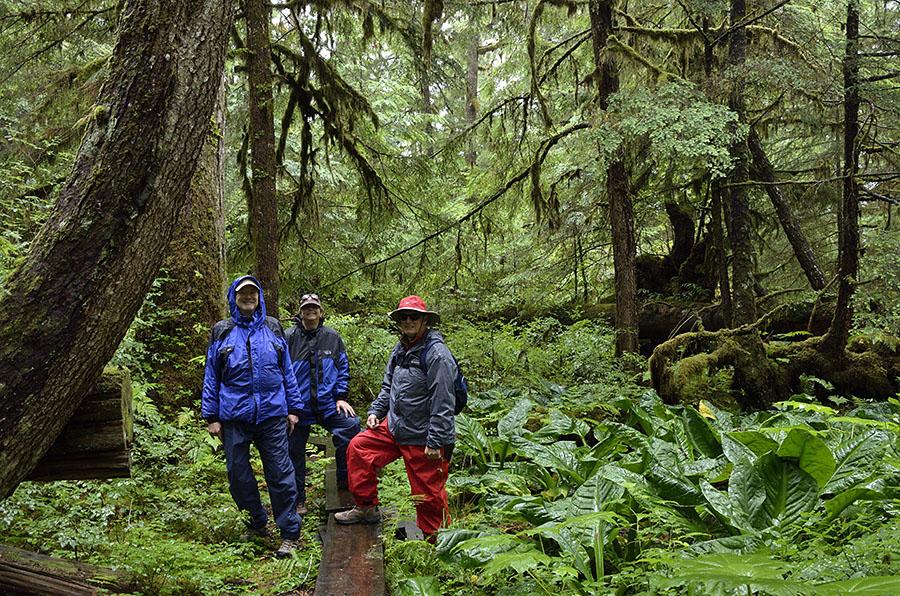 20150728 9497 soggy hike trio r