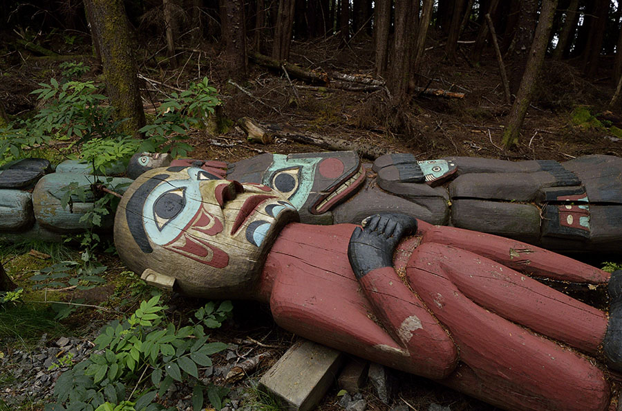 20150816 10369 ketchikan totems left to rot r