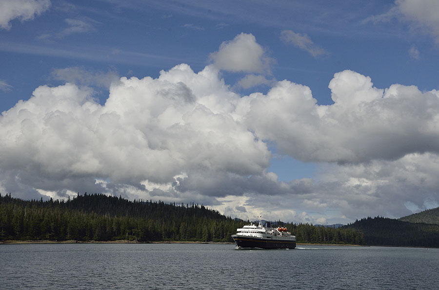 20150824 0335 ferry in wrangell narrows r