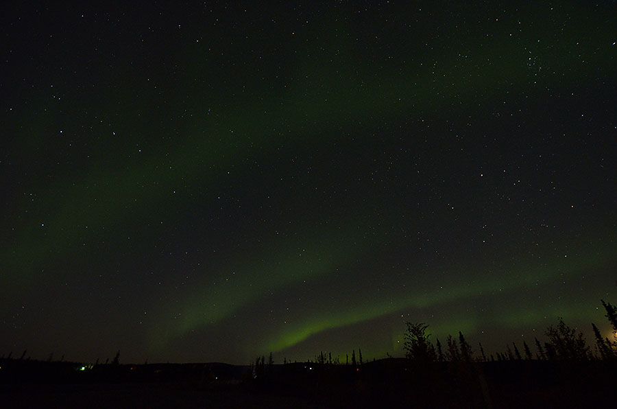 20150906 0737 fairbanks aurora waves r