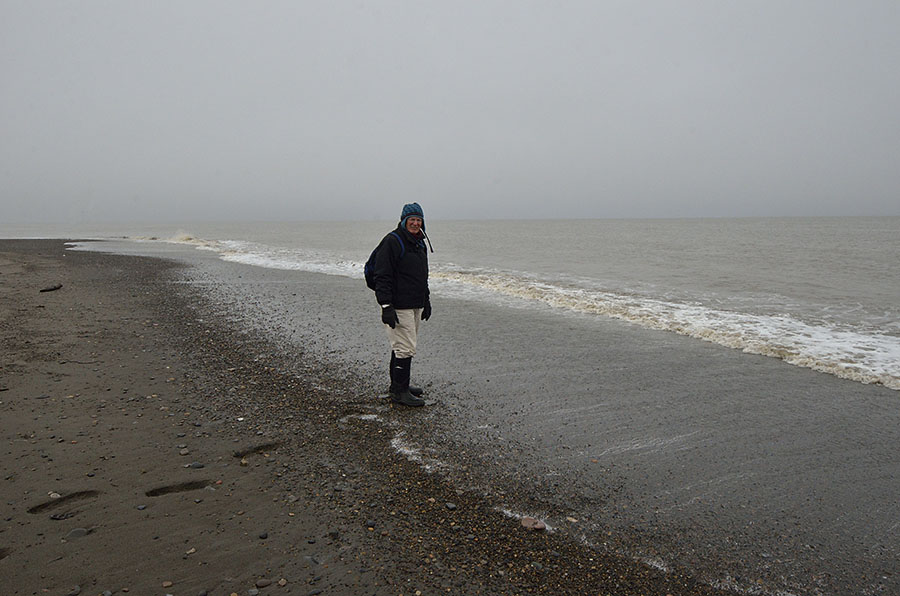20150912 1203 barrow arctic ocean beachcombing jim r