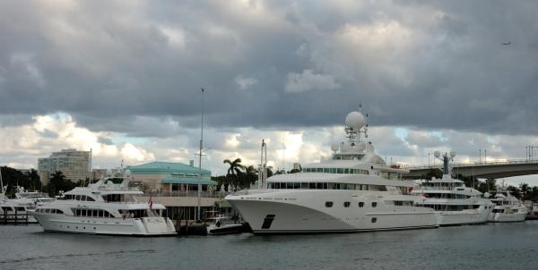 2012-12-04_407 ft lauderdale pier 66 RESIZE