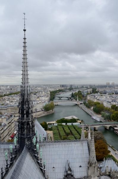 2012-09-25_87 paris notre dame seine view RESIZE