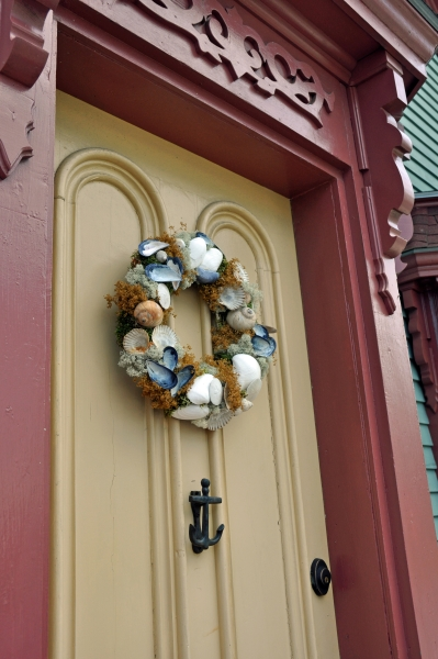 2011 07 24 lunenburg wreath RESIZE